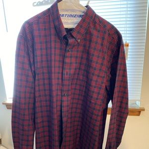 Duluth Trading casual button down shirt